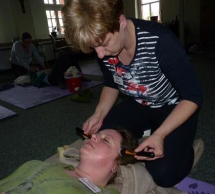 Basale Stimulation im Pflegeprozess: Mit allen Sinnen genießen